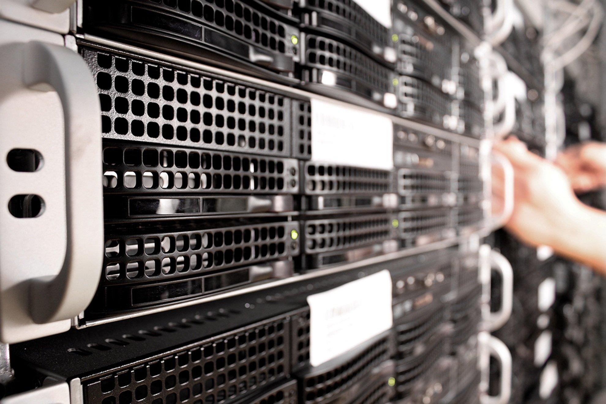 Canva - Database Server Technology